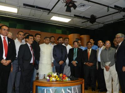 Community reception for Guj Congress leader SS Gohil at TV Asia on Sept 2, 201220120907102410_l