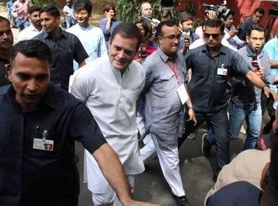 Rahul Gandhi goinf for voting20190512141539_l