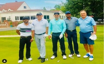 Dhoni_plays_golf with_Jadhav 20190830132051_l